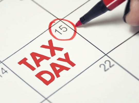The Procrastinator's Guide to  Surviving Tax Day